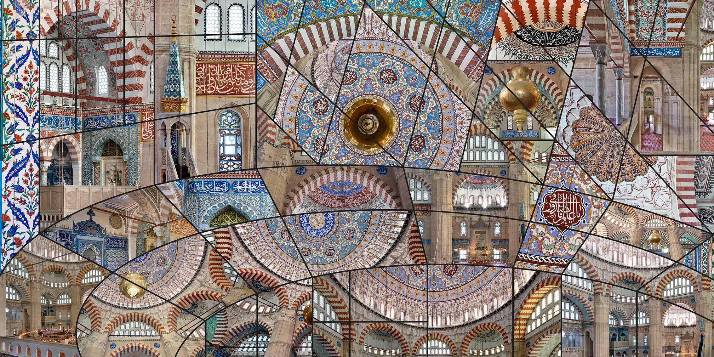 """izzet kehribar selimiye cami 2267x1134 - Galeri Işık'ta İzzet Keribar ile """"Millennium"""" Zamanı"""