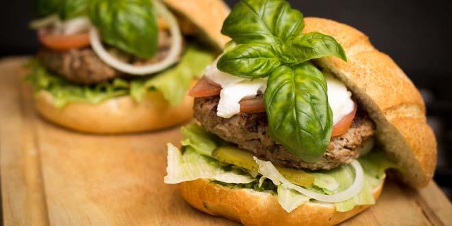 burger fiyatlari 25 tl ile 43 tl arasinda degisiyor kulecanbazi com 660x330 - Burger Fiyatları 2,5 TL ile 43 TL Arasında Değişiyor