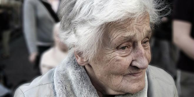 alzheimer kadinlarin kisiligini degistiriyor 660x330 - Alzheimer Kadınların Kişiliğini Değiştiriyor