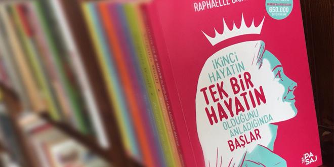 fransizlarin hayatini degistiren kitap simdi turkiyede kulecanbazi com 660x330 - Fransızların Hayatını Değiştiren Kitap Şimdi Türkiye'de!