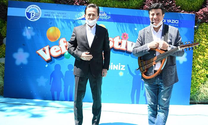 """coskun sabah tuzla belediyesi vefa festivalinde sahne aldi 4 kulecanbazi com 700x420 1 - Coşkun Sabah """"Tuzla Belediyesi Vefa Festivali''nde Sahne Aldı"""