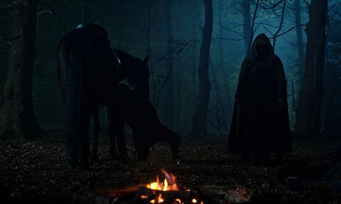 netflix yeni fantastik dizisi cursedten ilk kareleri paylasti 4 kulecanbazi com 700x420 1 - Netflix, Yeni Fantastik Dizisi Cursed'ten İlk Kareleri Paylaştı